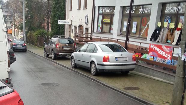 Skoro on mo�e to ja te�! Czyli jak zamieni� chodnik w parking.